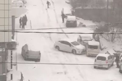 When Snow Falls In Russia, There Is A Lot Of Chaos On The Roads