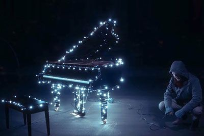 Man Hooks Up Lights To His Piano. Begins Playing And Leaves The Neighborhood In Awe
