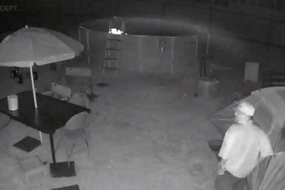 Teen Terrified Of Stalker So Dad Waits For Him At Backyard To Deliver Justice