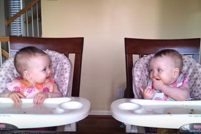 Adorable Twins Hear Dad's Guitar And Give Each Other Signal For 'Special Dance'