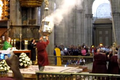 Giant Catholic Wrecking Ball In Spanish Cathedral Will Leave You Speechless