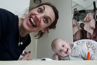 Baby Talks To Her Mother, Leaving Internet In Laugher With Her Conversation