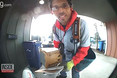 Mailman Figures Out A Smart Way To Defeat Package Thieves