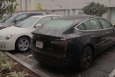 Tesla Model 3 Owner Shows Annoying Problem, Happening At Every Rain