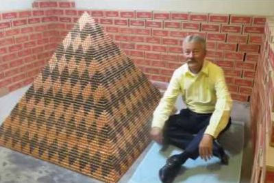 Arizona Man Uses Over A Million Pennies To Break The World Record For Largest Penny Pyramid