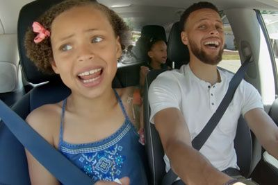 Stephen Curry Belts Out