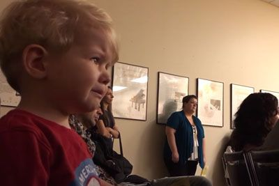 Baby Hears Moonlight Sonata For The First Time: The Purest Reaction To Beethoven