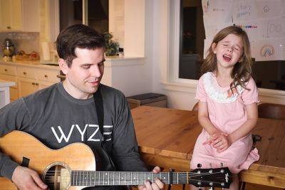 7-Year-Old Claire Crosby Sings