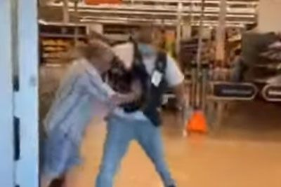 Florida Man Refuses To Wear A Mask, Tries Fighting Past Walmart Employee