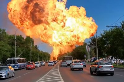Huge Explosion Captured At Volgograd Gas Station In Russia